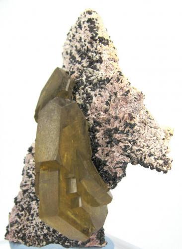 Barite, dolomite Cerro Huarihuyn, Miraflores, Huamalíes Province, Huánuco Department, Peru 91 mm x 55 mm (Author: Carles Millan)