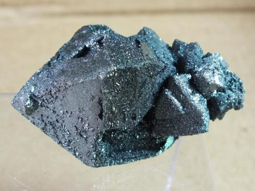 Hematite Volcán Payún Matrú, Malargüe, Mendoza, Argentina 3,5 x 2,5 cm Hematite Pseudomórfico de Magnetita (Variedad Martita) (Autor: molsina)