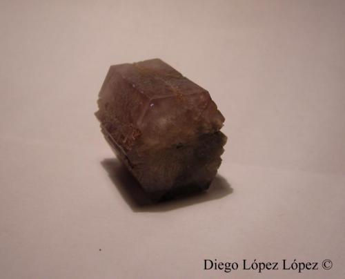 Aragonito Minglanilla, Cuenca, Castilla-La Mancha, España Arista mayor de 2.3 cm y las aristas menores 1.2 cm (Autor: DiegoToledo)