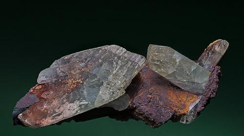 Barite Frizington, West Cumberland Iron Field, Cumbria, England, UK 14 x 6.5 cm (Author: am mizunaka)