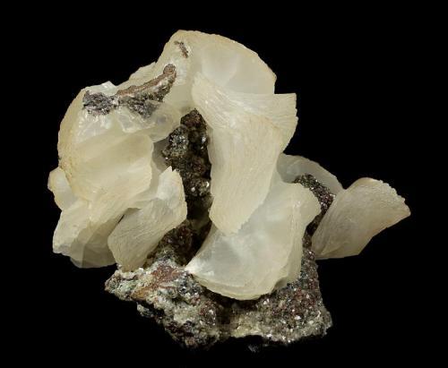 Calcite Flambeau Mine, near Ladysmith, Rusk County, Wisconsin, USA 81 x 69 x 43 mm  Another view (Author: GneissWare)