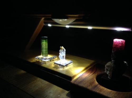 lamp.jpg (Author: Mark Ost)