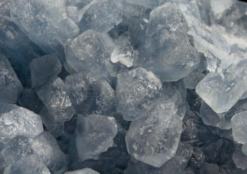 Celestine Am Soldatenbusch, Obergembeck, Gembeck, Twiste, Hesse, Germany Main crystal size: 3.2 × 1.3 cm Detail  Specimen & Photo: Reference Specimens (Author: Jordi Fabre)