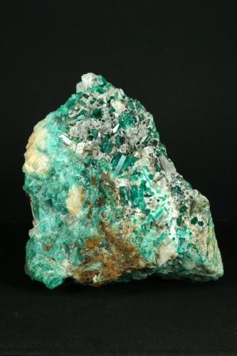 Beryl (variety emerald) with Calcite<br />Peñas Blancas Mine, Municipio San Pablo de Borbur, Western Emerald Belt, Boyacá Department, Colombia<br />10x9x4.5cm<br /> (Author: Fiebre Verde)