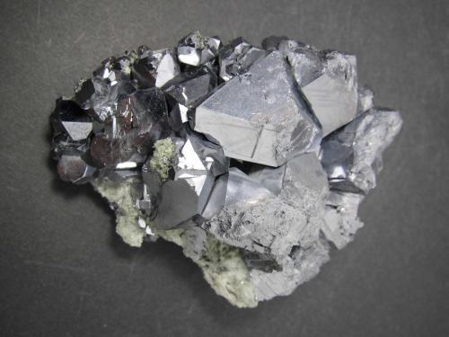 Galena<br />Zona minera Madan, Montes Rhodope, Smolyan Oblast, Bulgaria<br />8 x 6 cm.<br /> (Autor: prcantos)