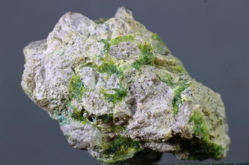 Variscita<br />Palazuelo de las Cuevas, San Vicente de la Cabeza, Comarca Aliste, Zamora, Castilla y León, España<br />33x15 mm<br /> (Autor: Juan Espino)