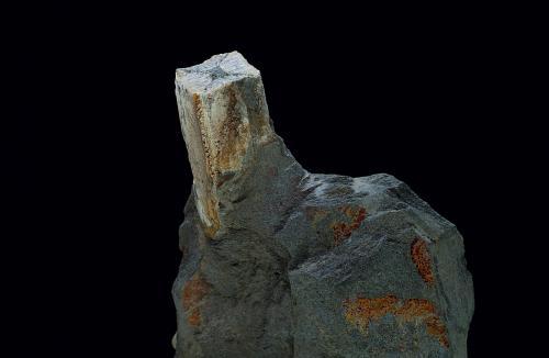 Andalucita<br />Mirabel, Cáceres, Extremadura, España<br />Tamaño del crista de 28 x 13 mm.<br /> (Autor: Antonio Carmona)