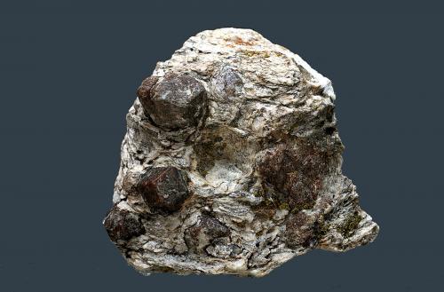 Almandino (Grupo del Granate)<br />Dúrcal, Granada, Andalucía, España<br />45 x 42 mm.<br /> (Autor: Antonio Carmona)