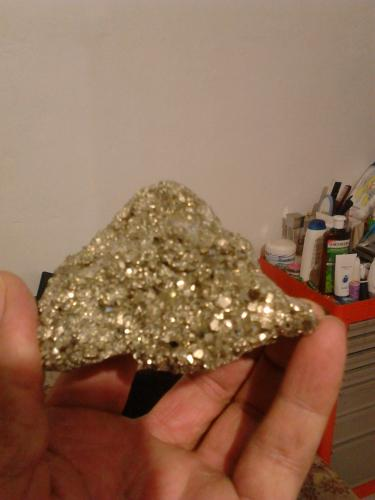 pirita de cobre<br />minas de Guerrero<br />6 cm x 4 cm<br /> (Autor: Manuel Espinoza)