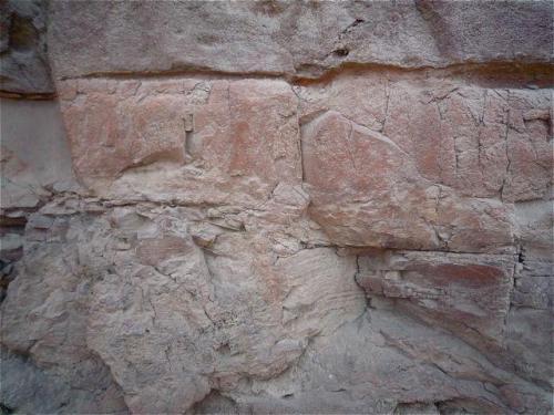 Arglita. Bloques de argilita. La Isleta, Gran Canaria, España Ancho de cada bloque unos 40 cm. (Autor: María Jesús M.)
