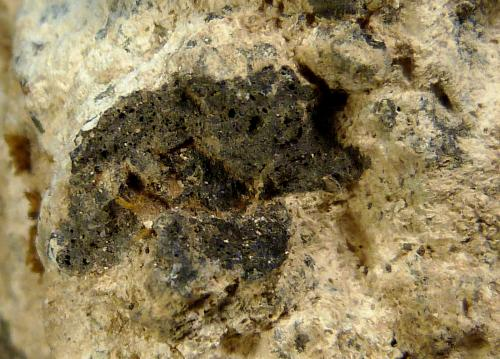 Andesita hidrotermalizada (Bentonita)<br />Carboneras, Comarca Levante Almeriense, Almería, Andalucía, España<br />7 x 7 x 8 cm.<br /> (Autor: Felipe Abolafia)
