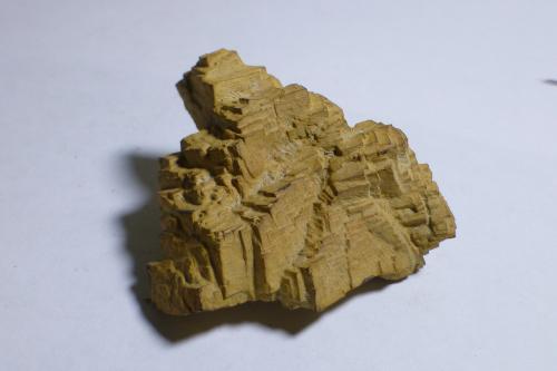 limonita pseudo Pirita<br />Montjuïc, Barcelona ciutat, Barcelonès, Barcelona, Catalunya, España<br />4,3 x 4,1 x 2,2 cm<br /> (Autor: heat00)