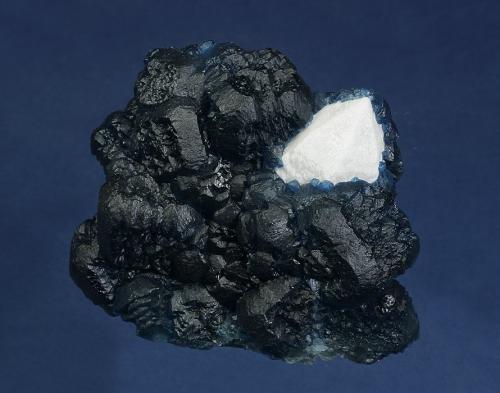 Fluorite on Quartz<br />Huanggang Mines, Hexigten Banner (Kèshíkèténg Qí), Ulanhad (Chifeng), Inner Mongolia Autonomous Region, China<br />77 x 70 x 60<br /> (Author: GneissWare)