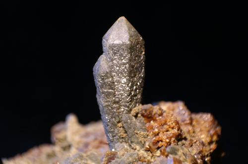 Cuarzo (variedad prasio)<br />Sinerechenskoe, Primorsky Krai, Rusia<br />Cristal 3 cm de largo<br /> (Autor: chatero15)