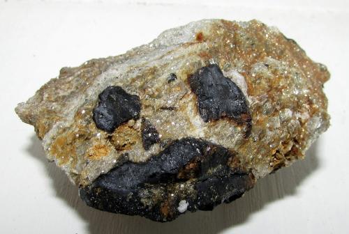 Casiterita.<br />Minas de Penouta, Penouta (San Bartolomé), Viana do Bolo, Comarca Viana, Ourense / Orense, Galicia, España<br />7''6 x 6''9 cm.<br /> (Autor: phrancko)