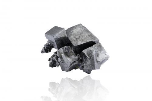 Acanthite<br />Guanajuato, México<br />4,0x3,0x3,0cm<br /> (Author: MIM Museum)