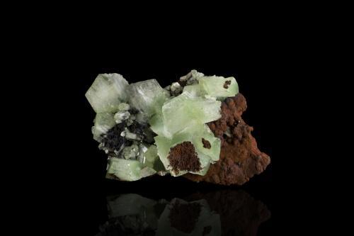 Adamite (variety cuprian adamite)<br />Mina Ojuela, Mapimí, Municipio Mapimí, Durango, México<br />8,5x7,0x3,0cm<br /> (Author: MIM Museum)
