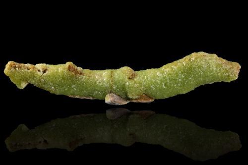 Adamite<br />Mina Ojuela, Mapimí, Municipio Mapimí, Durango, México<br />26,5x4,5x6,0cm<br /> (Author: MIM Museum)