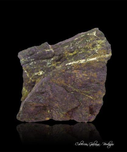 Heterosita<br />Pegmatita Teso de la Calera, Pinilla de Fermoselle, Villar del Buey, Comarca Sayago, Zamora, Castilla y León, España<br />85 x 73 x 41 mm.<br /> (Autor: Rafael Galiana)