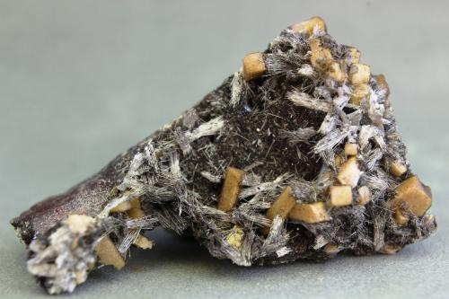 Bultfonteinita<br />Mina N'Chwaning II, Zona minera N'Chwaning, Kuruman, Kalahari manganese field (KMF), Provincia Septentrional del Cabo, Sudáfrica<br />32x23x16 mm<br /> (Autor: Juan Espino)