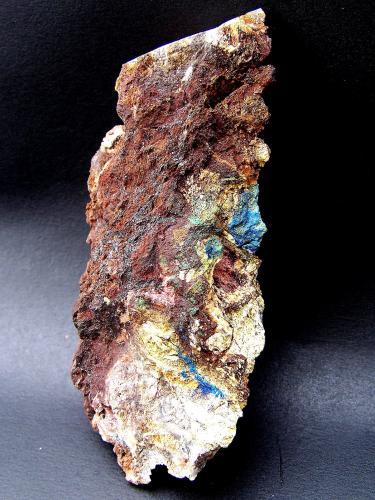 Azurita, Malaquita.<br />Cantera Azcárate (Azkarate), Eugui, Esteríbar, Comarca Auñamendi, Navarra, Comunidad Autónoma de Navarra, España<br />11cm por 6cm<br /> (Autor: canada)