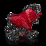 Rhodochrosite on TetrahedriteMina Sweet Home, Graham's pocket, Monte Bross, Distrito Alma, Condado Park, Colorado, USA17,5x14,0x7,0cm (Author: MIM Museum)