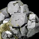 Galena y Calcopirita<br />Depósito Krushev dol, Mina Krushev dol, Zona minera Madan, Montes Rhodope, Smolyan Oblast, Bulgaria<br />8 x 6 x 5 cm<br /> (Autor: Antonio Alcaide)