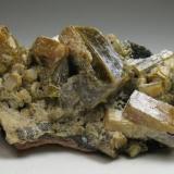 Vanadinita (variedad endlichita)<br />Touissit, Distrito Touissit, Provincia Jerada, Región Oriental, Marruecos<br />6,5 x 3 x 3 cm<br /> (Autor: Antonio Alcaide)