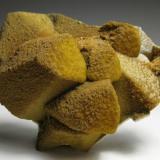 Siderita y Esfalerita epimórficas de Calcita<br />Aggeneys, Distrito Namakwa (Namaqualand), Provincia Septentrional del Cabo, Sudáfrica<br />6,25 x 5 x 3,5<br /> (Autor: Antonio Alcaide)