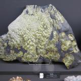 WavelliteCielo abierto Lichtenberg, Yacimiento Ronneburg U, Gera, Turingia/Thüringen, AlemaniaSpecimen size ~ 50-60 cm (Author: Tobi)