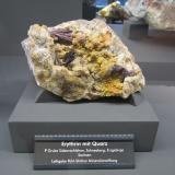 ErythriteMina Siebenschlehen, Pozo 10, Neustädtel, Distrito Schneeberg, Erzgebirgskreis, Sajonia/Sachsen, AlemaniaSpecimen size ~ 12 cm (Author: Tobi)