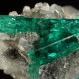 Beryl (variety emerald), Calcite, Dolomite, Pyrite<br />La Pita mining district, Cunas Mine, Municipio Maripí, Western Emerald Belt, Boyacá Department, Colombia<br />28x33x28mm, main xls=18mm & 9mm<br /> (Author: Fiebre Verde)