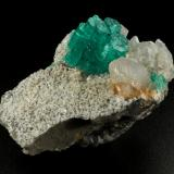 Beryl (variety emerald), Albite (variety cleavelandite), Dolomite, Pyrite<br />Chivor mining district, Piedra de Chulo Mine, Municipio Chivor, Eastern Emerald Belt, Boyacá Department, Colombia<br />54x37x33mm, aggregate=14x18mm<br /> (Author: Fiebre Verde)