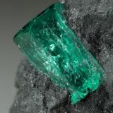 Beryl (variety emerald)<br />Muzo mining district, Western Emerald Belt, Boyacá Department, Colombia<br />37x20x32mm, xls=10 & 7.5mm<br /> (Author: Fiebre Verde)