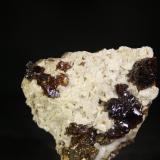 Esfalerita<br />Mina Troya, Mutiloa, Comarca Goyerri, Gipuzkoa / Guipúzcoa, Euskadi, España<br />5,5x5 cm<br /> (Autor: minero1968)