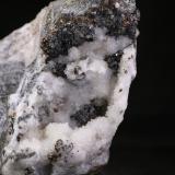 Esfalerita<br />Mina Esperanza, Arroyo de Valdetriollo, Triollo, Comarca Montaña Palentina, Palencia, Castilla y León, España<br />8x11 cm<br /> (Autor: minero1968)