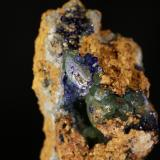 Calcita y Azurita<br />Mina Teresita (Mina Aramo; Minas de Texeo), Llamo, Riosa, Comarca de Oviedo, Asturias, Principado de Asturias, España<br />5,5x 8 cm<br /> (Autor: minero1968)