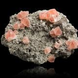 Fluorite with Quartz, Feldspar (variety adularia) and Apatite (Group)Göscheneralp, Valle Göschenen, Uri, Suiza25,0x18,5x11,0cm (Author: MIM Museum)