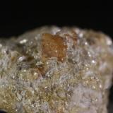 Scheelita<br />Minas de Penouta, La Pasada, Boal, Comarca Eo-Navia, Asturias, Principado de Asturias, España<br />cristal 6mm<br /> (Autor: minero1968)