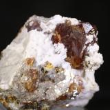 Esfalerita<br />Mina Las Mánforas, Zona Minera Áliva, Camaleño, Comarca Liébana, Cantabria, España<br />7,5x8 cm<br /> (Autor: minero1968)