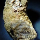 Barita y Siderita (variedad sideroplesita)<br />Canteras de arcilla, La Cañada de Verich, Comarca del Bajo Aragón, Teruel, Aragón, España<br />60x30 mm.<br /> (Autor: Jesus Franquesa Baucells)