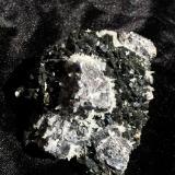 Galena, Sphalerite, Quartz<br />Madan mining area, Rhodope Mountains, Smolyan Oblast, Bulgaria<br />90 mm X 70 mm X 35 mm<br /> (Author: Robert Seitz)