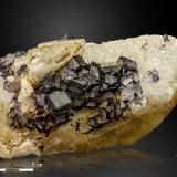 Fluorite and Calcite<br />Josefa-Veneros vein, Coroña de Arriba-La Collada, La Collada mining area, Siero, Comarca Oviedo, Asturias, Principality of Asturias, Spain<br />170 x 90 mm<br /> (Author: Manuel Mesa)
