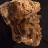 Calcite, Quartz<br />Zacatecas, Mexico<br />125 mm x 110 mm x 85 mm<br /> (Author: Robert Seitz)