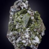 Epidote<br />Aguablanca Mine, Monesterio, Comarca Tentudía, Badajoz, Extremadura, Spain<br />160 x 105 mm<br /> (Author: Manuel Mesa)