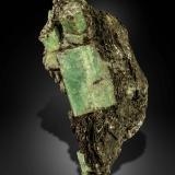 Beryl (variety emerald) with Phlogopite<br />Emerald Deposit, A Franqueira, A Cañiza, Comarca Paradanta, Pontevedra, Galicia, Spain<br />63 X 30 mm<br /> (Author: Manuel Mesa)