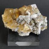 Fluorite<br />El Hamman, Meknès, Meknès Prefecture, Drâa-Tafilalet Region, Morocco<br />70mm x 40mm x 35mm<br /> (Author: Philippe Durand)
