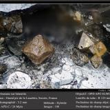 Anatase on Hematite<br />Grand Pic de la Lauzière, La Lauzière Massif, Saint-Jean-de-Maurienne, Savoie, Auvergne-Rhône-Alpes, France<br />fov 3.2 mm<br /> (Author: ploum)