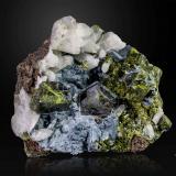 Epidote<br />Aguablanca Mine, Monesterio, Comarca Tentudía, Badajoz, Extremadura, Spain<br />117 X 107 mm<br /> (Author: Manuel Mesa)