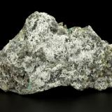 Beryl (variety emerald), Albite (variety cleavelandite), Dolomite, Pyrite<br />Chivor mining district, Palo Arañado Mine, Municipio Chivor, Eastern Emerald Belt, Boyacá Department, Colombia<br />109x41x64mm, main xl=34mm<br /> (Author: Fiebre Verde)